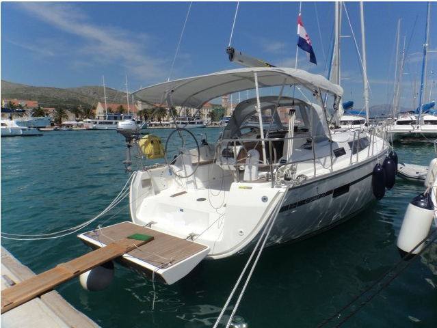 2015 Bavaria Cruiser 37 Happy Point